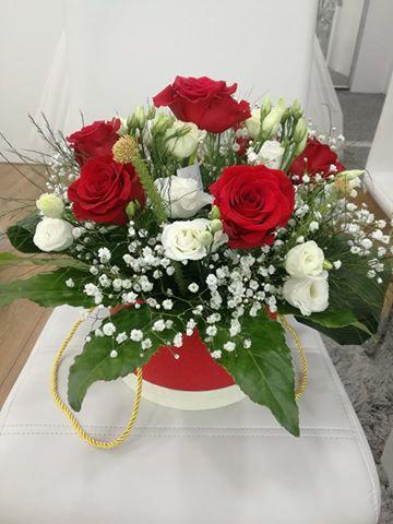 ruze u kutijama Cvjećara Aralia Prijedor